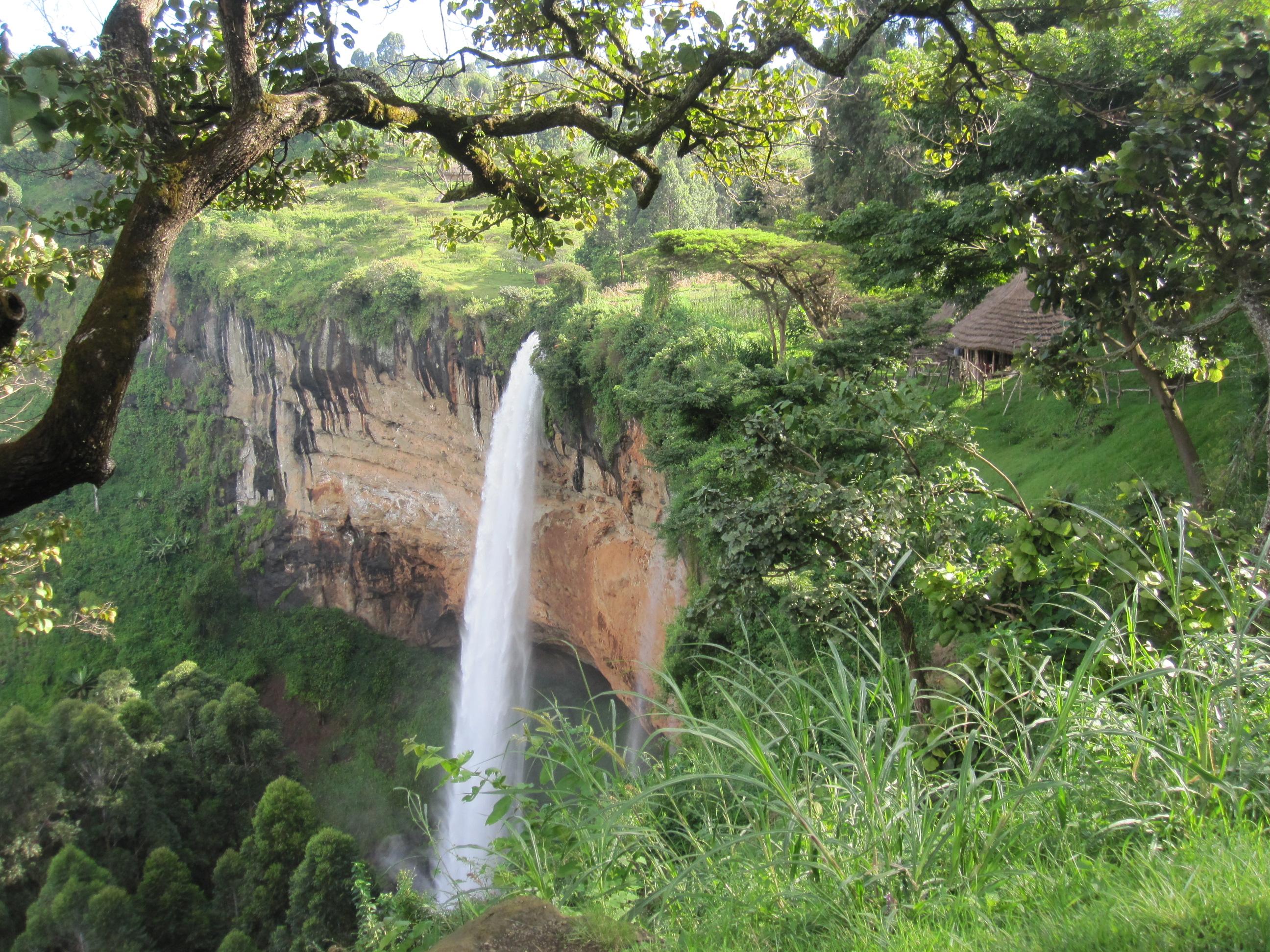 Sipi Falls viewpoint