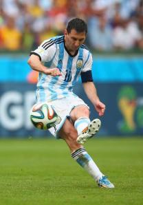 Messi scores!