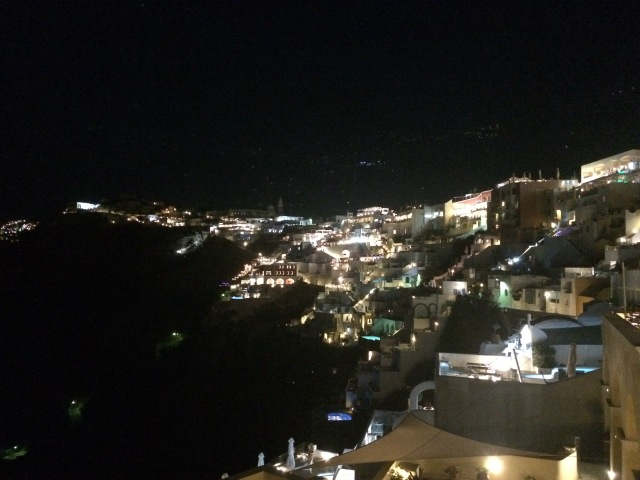 Fira by night
