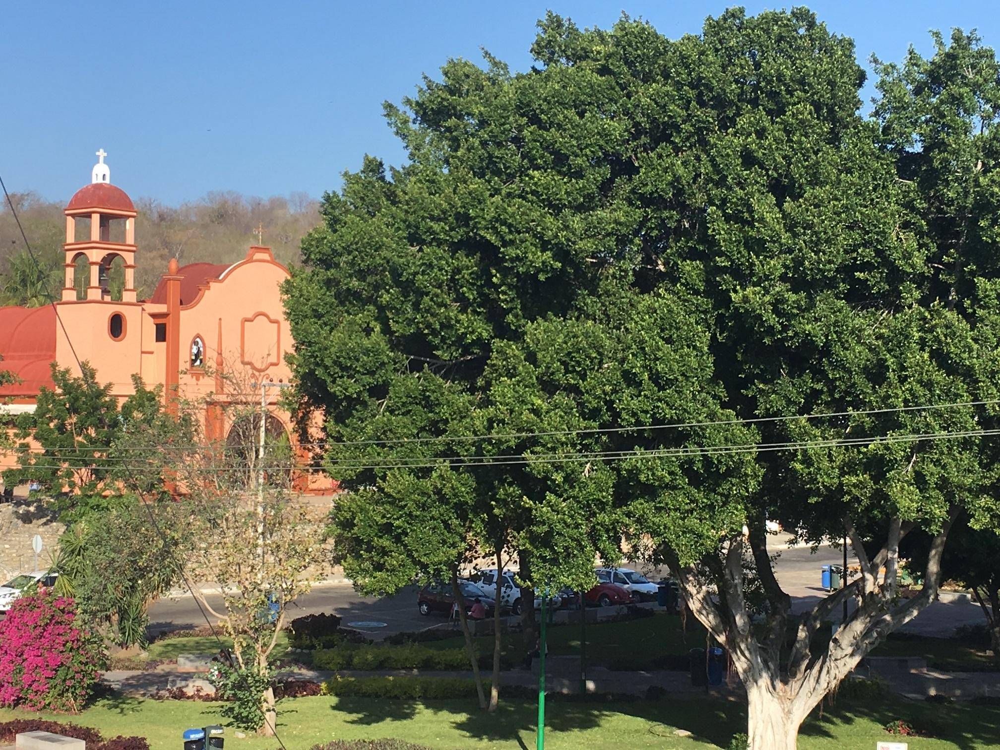 Plaza Central, Crucecita